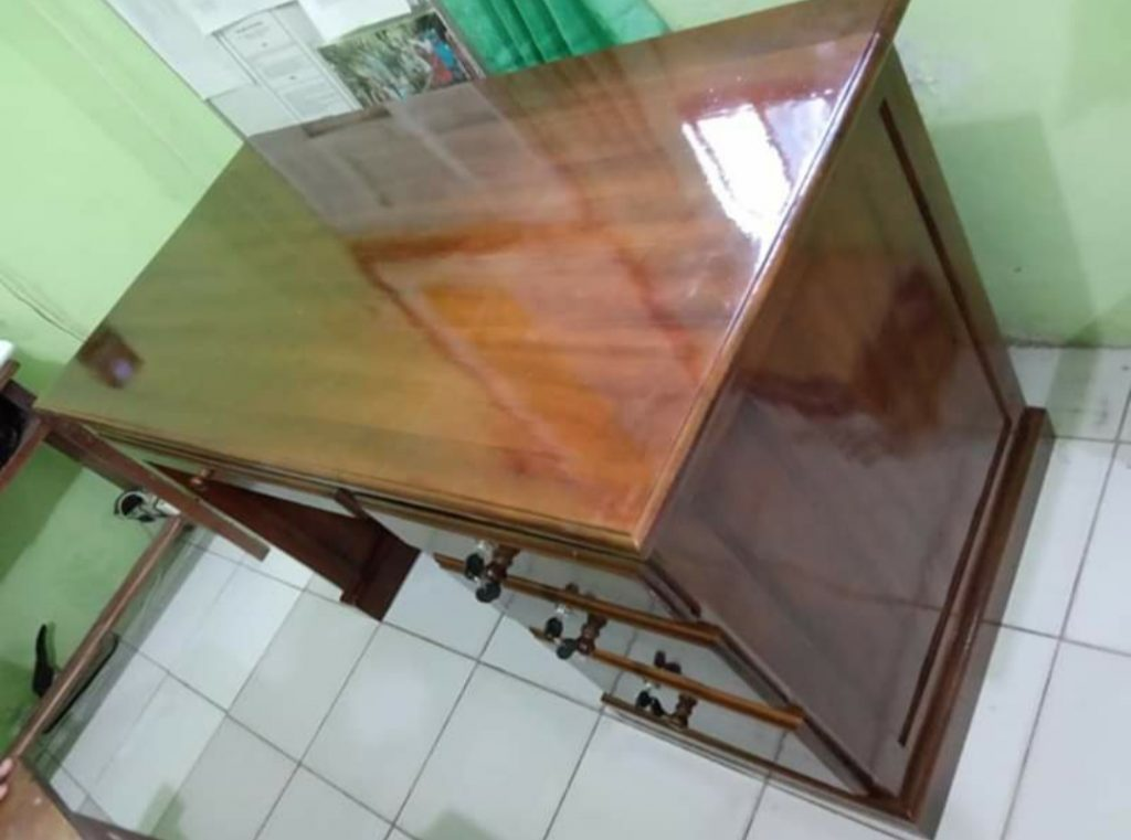 Meja Kantor Minimalis Untuk Staf, Karyawan, Sekertaris Murah Kayu Jati